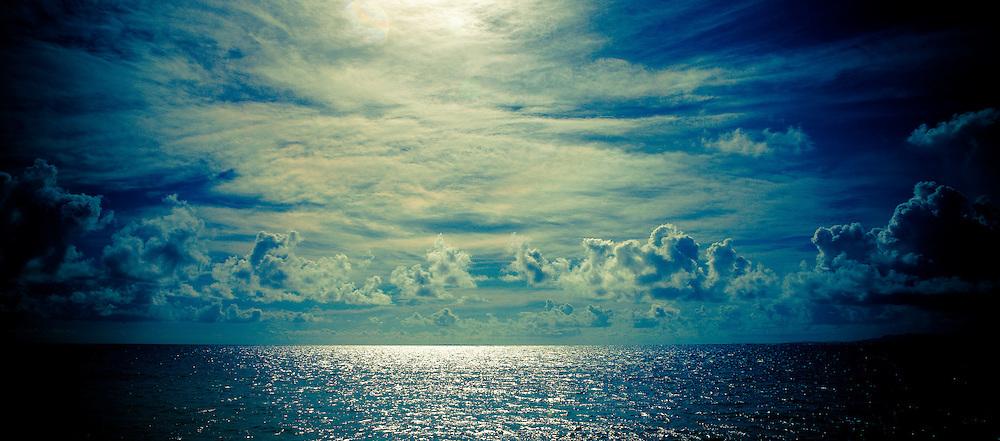Spectacular Fiji Horizon: Sky, Clouds, Blue Sparkling Water