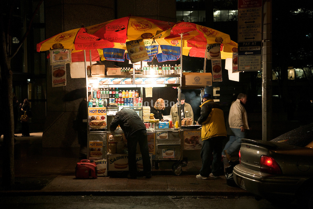 food cart street vendor late in the evening