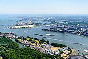 Nederland, Noord-Holland, Amsterdam-Noord, 29-06-2018; Nieuwendammerham, met WH Vliegenbos en Vogeldorp. Aan de IJ-oever de chemische fabriek voor katalysatoren Albemarle. Zeeburgereiland, KNSM eiland en Java-eiland in de achtergrond.<br /> Overview North Amsterdam.<br /> luchtfoto (toeslag op standard tarieven);<br /> aerial photo (additional fee required);<br /> copyright foto/photo Siebe Swart