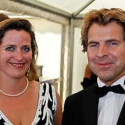 NLD/Amsterdam/20100605 - Amsterdamdiner 2010, Toine van Peperstraten en partner Martine Willekens