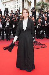 Agnes Jaoui arriving on the red carpet of 'La Belle Epoque' screening held at the Palais Des Festivals in Cannes, France on May 20, 2019 as part of the 72th Cannes Film Festival. Photo by Nicolas Genin/ABACAPRESS.COM