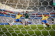 Neymar of Brazil scores the 1-0 goal during the 2018 FIFA World Cup Russia, round of 16 football match between Brazil and Mexico on July 2, 2018 at Samara Arena in Samara, Russia - Photo Thiago Bernardes / FramePhoto / ProSportsImages / DPPI