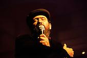 Mark Eitzel performing at the Café Berlin, Madrid
