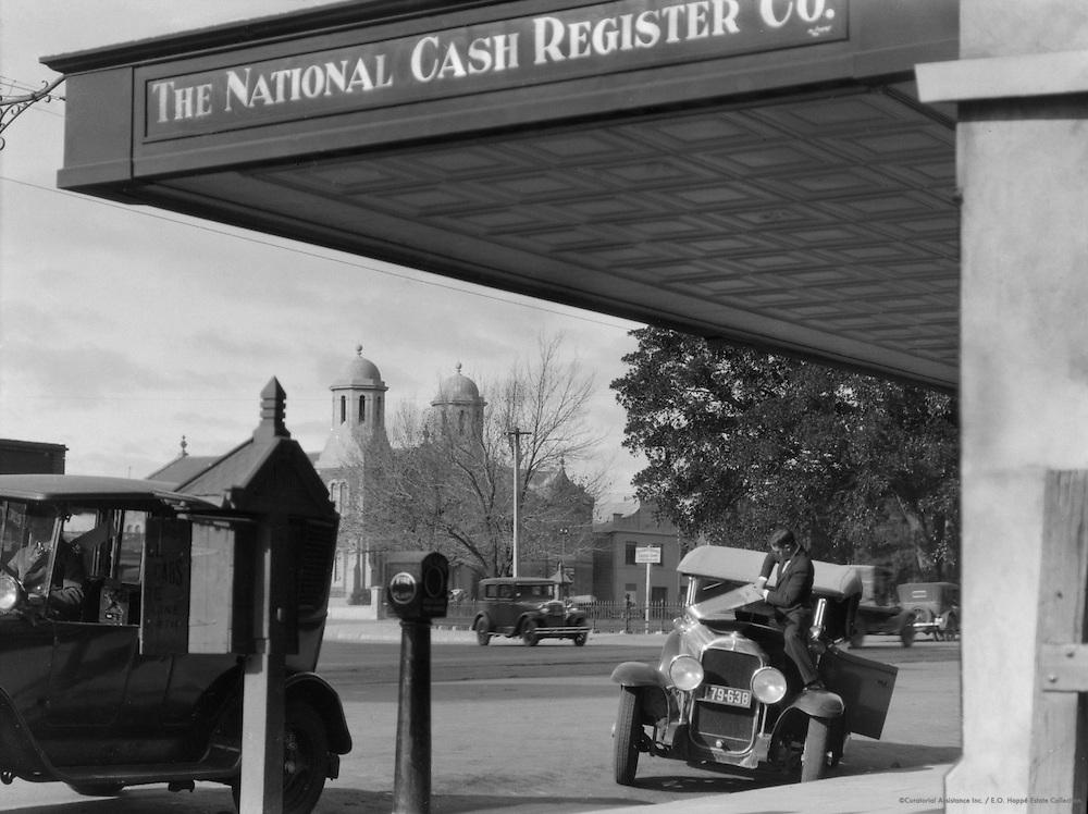 Roadside Repair, Adelaide, South Australia, 1930