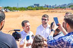 Porto Alegre, RS - 05/02/2020: Prefeito Nelson Marchezan Júnior e o Secretário de infraestrtura e mobilidade urbana, Marcelo Gazen, visitam às Obras do Trecho 3 da Orla do Guaíba. Foto: Jefferson Bernardes/PMPA