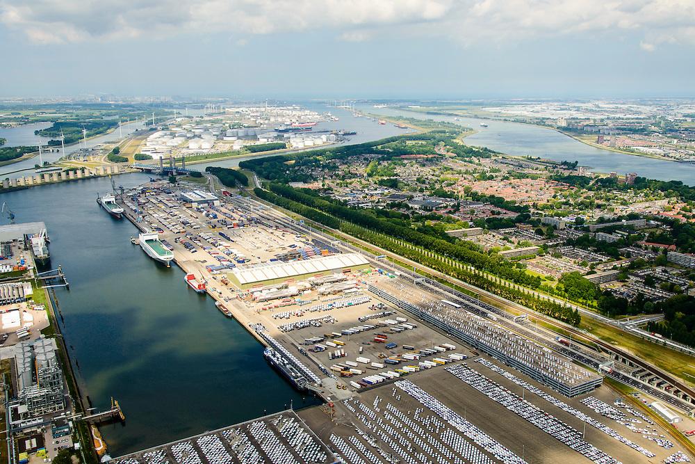 Nederland, Zuid-Holland, Rotterdam, 18-02-2015. Ro-Ro Cargo schip voor de kade in de Brittaniehaven. Cobelfret (voorheen Broekman) terminal, opslag en overslag van trailers en vrachtauto's. Rotterdam Car Terminal (RCT). Rozenburg in de achtergrond.<br /> Roll on, Roll off cargo ship (Ro-Ro) on the quay at the  Brittaniehaven, Rotterdam Car Terminal (RCT).<br /> <br /> luchtfoto (toeslag op standard tarieven);<br /> aerial photo (additional fee required);<br /> copyright foto/photo Siebe Swart