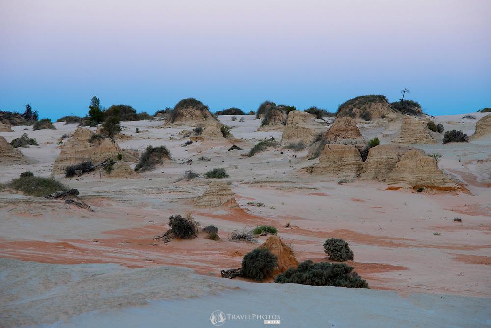 Mungo National Park scenes