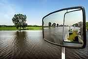 Overasselt, 26-4-2007Fietspendelboot op de MaasFoto: Flip Franssen. Editie: Rijk van Nijmegen.
