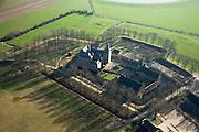 Nederland, Gelderland, Doorwerth, 11-02-2008; Doorwerthse Waarden, uiterwaarden van de Neder-Rijn met Kasteel Doorwerth; het kasteel biedt onder andere huisvesting aan het Nederlands Jachtmuseum; windsingels rind het gebouw en de bijgebouwen, moestuin en siertuin, parkaarchitetuur..luchtfoto (toeslag); aerial photo (additional fee required); .foto Siebe Swart / photo Siebe Swart