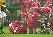 Leicester. ENGLAND. Welford Road. 14.12.2002. Pool Game in the<br /> European Heineken Cup Rugby <br /> Leicester Tigers vs Beziers<br /> Beziers scrum half Pierre Mignoni appeals to th referee   [Mandatory Credit:Peter SPURRIER/Intersport Images]