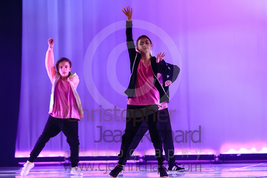 ART: 2015   Colours of Passion: We've Got The Power   Sunday Afternoon Performance -- Week 1<br /> <br /> Rush Hour Street Dance<br /> <br /> choreography: Mike Bredy aka Mr. Noodles<br /> 10 - 13 Jahre<br /> <br /> <br /> Students and Instructors of Atelier Rainbow Tanzkunst (http://www.art-kunst.ch/) rehearse on the stage of the Schinzenhof for a series of performances in June, 2015.<br /> <br /> Schinzenhof, Alte Landstrasse 24 8810 Horgen Switzerland