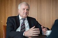 20 JUN 2018, BERLIN/GERMANY:<br /> Horst Seehofer, CSU, Bundesinnenminister, waehrend einem Interview, in seinem Buero, Bundesministerium des Inneren<br /> IMAGE: 20180620-02-031<br /> KEYWORDS: Büro