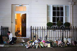 © Licensed to London News Pictures. 08/04/2013. London, UK. Flowers at the house where former Conservative Prime Minister Margaret Thatcher lived in central London. Lady Thatcher dies this mooring from a suspected stroke..Photo credit : Peter Kollanyi/LNP