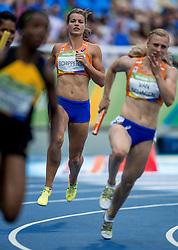 18-08-2016 BRA: Olympic Games day 13, Rio de Janeiro<br /> De Nederlandse estafettevrouwen hebben zich niet weten te kwalificeren voor de finale op de 4x100 meter bij de Olympische Spelen in Rio de Janeiro. Dafne Schippers ging in de fout met de wissel en kon de achterstand niet meer goed maken.