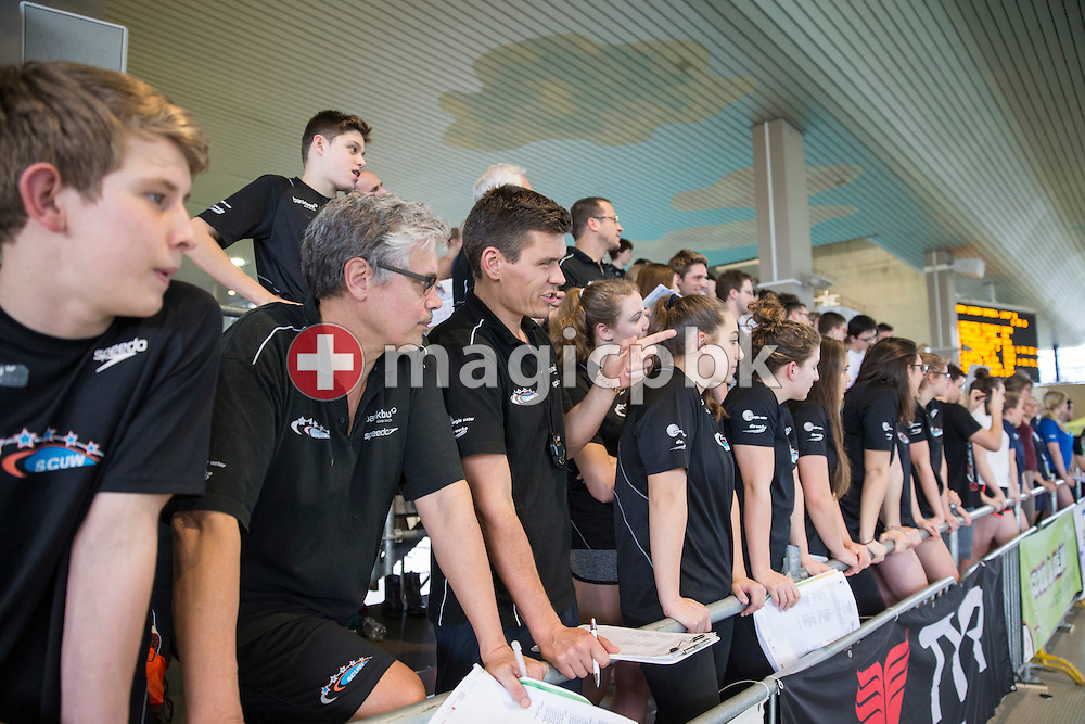SCUW head coach Gerard Moerland (2nd L) and Arpad Petrov, coach of the Junior team, are pictured  during the Swiss Swimming Championships at the Hallenbad Oerlikon in Zuerich, Switzerland, Sunday, March 13, 2016. (Photo by Patrick B. Kraemer / MAGICPBK)