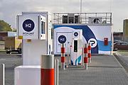 Nederland, the Netherlands, Arnhem, 22-10-2019Bij een pomp, pompstation, benzinestation,tankstation van Shell staat een pomp voor waterstof, H2 . Foto: Flip Franssen