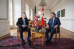 Secretary of Defense Jim Mattic meets with Lars Løkke Rasmussen, the prime minister of Denmark, at the Christiansborg Palace in Copenhagen, Denmark, May 9, 2017. (DOD photo by U.S. Air Force Staff Sgt. Jette Carr)