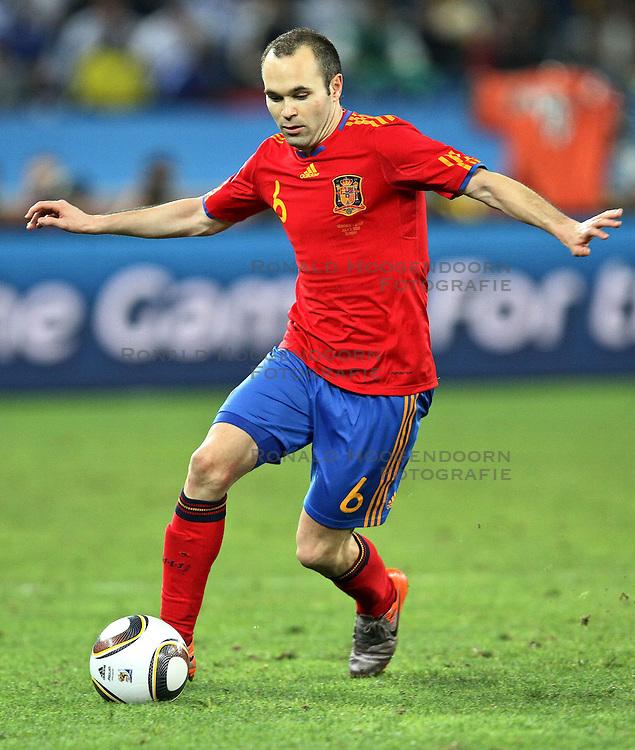 07-07-2010 VOETBAL: FIFA WORLDCUP 2010 SPANJE - DUITSLAND: DURBAN<br /> Halve finale WC 2010 - Spanje wint met 1-0 van Duitsland / Andres Iniesta<br /> ©2010-FRH- NPH/ Kokenge (Netherlands only)
