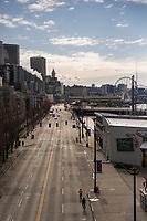 Alaskan Way, Waterfront (April 4, 2020).