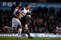 Photo: Daniel Hambury.<br />West Ham United v Bolton Wanderers. The FA Cup. 15/03/2006.<br />Bolton's Kevin Davies scores to make it 1-1.