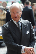 State visit of the Swedish king Carl XVI Gustaf and queen Silvia van Zweden to the Netherlands.<br /> <br /> On the Photo Arrival of Carl XVI Gustaf at the Dutch goverment