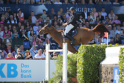 Rathjen Peter, (GER), La-Emotion<br /> German Jumping Derby<br /> Hamburg - Hamburger Derby 2016<br /> © Hippo Foto - Stefan Lafrentz