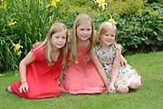 Koninklijke fotosessie 2013 op landgoed De Horsten ( het huis van de koninklijke familie)  in Wassenaar.<br /> <br /> Royal photoshoot 2013 at De Horsten estate (the home of the royal family) in Wassenaar.<br /> <br /> Op de foto / On the photo: <br /> <br />  de prinsesjes Amalia, Alexia en Ariane<br /> <br /> princesses Amalia, Alexia and Ariane