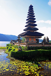 26.07.2014, Bali, IDN, Natur und Sehenswuerdigkeiten in Indonesien, im Bild Tempel Pura Ulun Danu Bratan, im Bratansee, Hochland von Zentralbali, Bedugul, Bali, Indonesien. EXPA Pictures © 2014, PhotoCredit: EXPA/ Eibner-Pressefoto/ Schulz<br /> <br /> *****ATTENTION - OUT of GER*****
