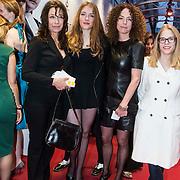NLD/Amsterdam//20140330 - Filmpremiere Lucia de B. , Zussen Marjolein (L) en Antoinette Beumer (2eR)