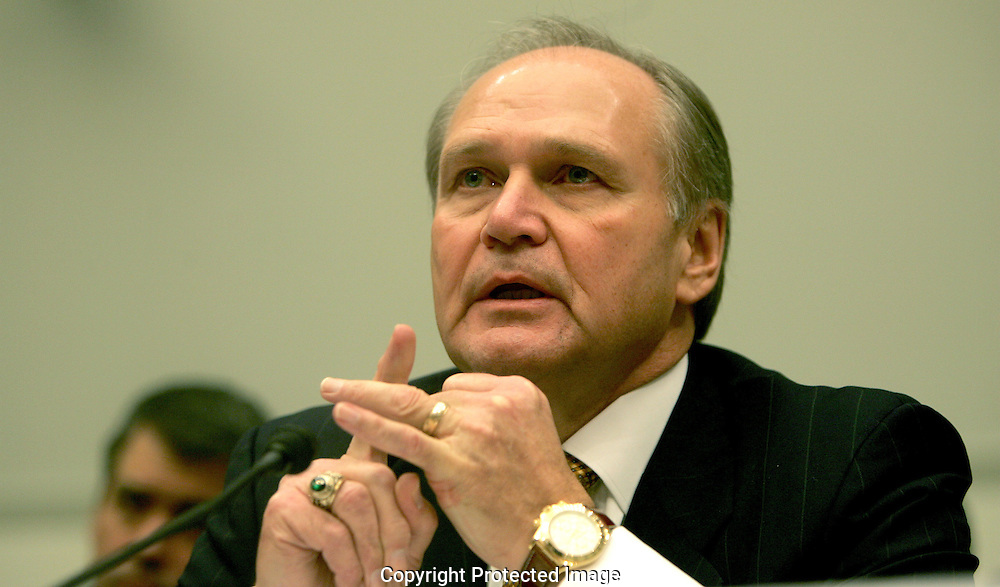Robert Nardelli; Chrysler testifies before the House of Representatives Financial Services Committee on obtaining bail out money during the financial crisis on November 18, 2008. Photo by Dennis Brack