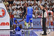 DESCRIZIONE : Campionato 2014/15 Serie A Beko Dinamo Banco di Sardegna Sassari - Grissin Bon Reggio Emilia Finale Playoff Gara4<br /> GIOCATORE : Jerome Dyson Shane Lawal<br /> CATEGORIA : Fair Play<br /> SQUADRA : Dinamo Banco di Sardegna Sassari<br /> EVENTO : LegaBasket Serie A Beko 2014/2015<br /> GARA : Dinamo Banco di Sardegna Sassari - Grissin Bon Reggio Emilia Finale Playoff Gara4<br /> DATA : 20/06/2015<br /> SPORT : Pallacanestro <br /> AUTORE : Agenzia Ciamillo-Castoria/L.Canu
