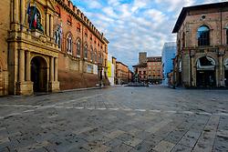 Early morning in the Piazza Maggiore, Bologna, Italy<br /> <br /> (c) Andrew Wilson | Edinburgh Elite media
