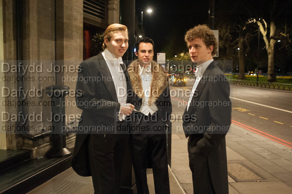 ROBIN THOMAS; OLLIE PULMER; PETER TAYLOR, The Royal Caledonian Ball 2013. The Great Room, Grosvenor House. Park lane. London. 3 May 2013.