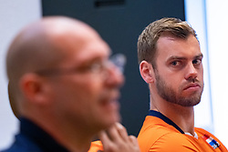07-05-2019 NED: Press moment national volleyball team Men, Arnhem<br /> Roberto Piazza, the new national coach of the Dutch men's team, gives an overview of the group matches of the Golden European League, the OKT and the European Championship played in their own country / Gijs Jorna #7 of Netherlands