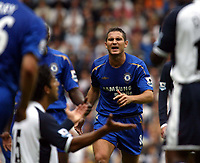 Fotball<br /> England 2005/2006<br /> Foto: SBI/Digitalsport<br /> NORWAY ONLY<br /> <br /> Tottenham v Chelsea<br /> The Barlcays Premiership.<br /> 27/08/2005.<br /> Frank Lampard reacts angrily to Mido's challenge on Asier Del Horno