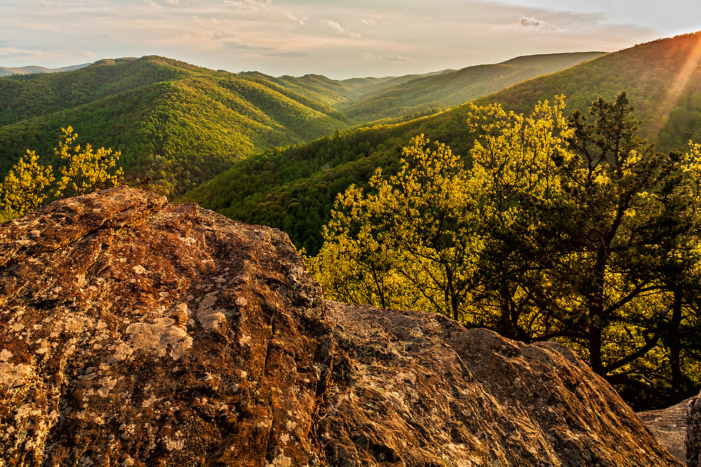 20-minute Cliff in spring, Blue Ridge Parkway