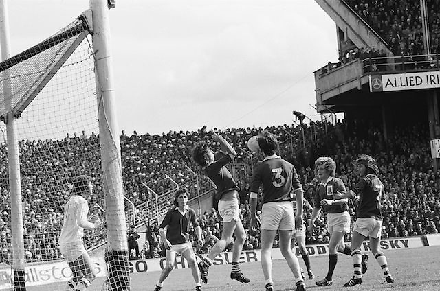 Galway player jumps in an attempts to block the ball during the All Ireland Senior Gaelic Football Championship Final Dublin V Galway at Croke Park on the 22nd September 1974. Dublin 0-14 Galway 1-06.