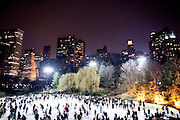 New York, New York. Etats Unis. 18 Decembre 2010.La patinoire de Central Park ..New York, New York. United States. December 18th 2010.Central Park Ice Skating Rink..