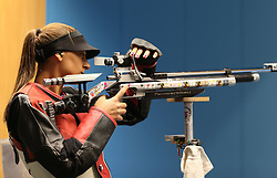 05.09.2015, Olympia Schiessanlage Hochbrueck, Muenchen, GER, ISSF World Cup 2015, Gewehr, Pistole, Damen, 10 Meter Luftgewehr, im Bild Valentina Gustin (CRO) konzentriert sich // during the women's 10M air rifle competition of the 2015 ISSF World Cup at the Olympia Schiessanlage Hochbrueck in Muenchen, Germany on 2015/09/05. EXPA Pictures © 2015, PhotoCredit: EXPA/ Eibner-Pressefoto/ Wuest<br /> <br /> *****ATTENTION - OUT of GER*****