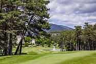 01-06-2018 Cote d'Azur: TAULANE: HOLE 18, OP WEG NAAR DE DUBBELGREEN