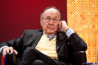 13 JAN 2009, KOELN/GERMANY: <br /> Hans-Dietrich Genscher, FDP, Bundesminister a.D., 50. Gewerkschaftspolitische Arbeitstagung des deutschen Beamtenbundes, dbb, Messe Koeln<br /> IMAGE: 50090112-01-110