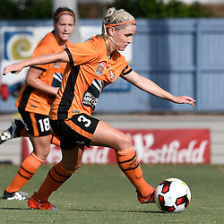 BRISBANE, AUSTRALIA - JANUARY 1: Amy Chapman of the Roar dribbles the ball during the round 10 Westfield W-League match between the Brisbane Roar and Melbourne Victory at AJ Kelly Park on January 1, 2017 in Brisbane, Australia. (Photo by Patrick Kearney/Brisbane Roar)