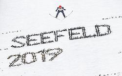 28.02.2019, Seefeld, AUT, FIS Weltmeisterschaften Ski Nordisch, Seefeld 2019, Nordische Kombination, Team Sprung, im Bild Vinzenz Geiger (GER) // Vinzenz Geiger of Germany during Team Jumping competition for Nordic Combined of FIS Nordic Ski World Championships 2019. Seefeld, Austria on 2019/02/28. EXPA Pictures © 2019, PhotoCredit: EXPA/ JFK
