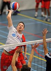 18-02-2012 VOLLEYBAL: TAUW GEMINI S - VOCASA: HILVERSUM<br /> B League heren, VoCASA wint vrij eenvoudig in Hilversum 22-25, 20-25, 22-25 / Tim de Bree<br /> ©2012-FotoHoogendoorn.nl