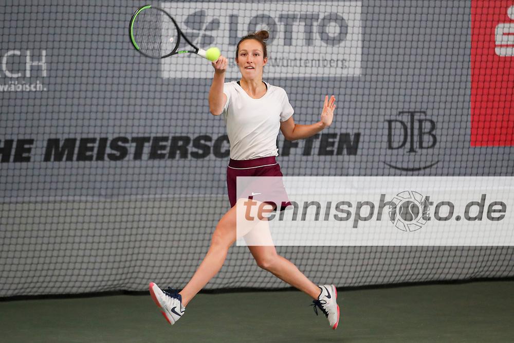 Juliane Triebe (GER) Deutsche Meisterschaften der Damen und Herren 2020 - Deutscher Tennis Bund e.V. am 7.12.2020 in Biberach (Bezirksstützpunk Biberach (WTB)), Deutschland, Foto: Mathias Schulz
