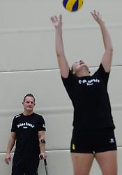 29-10-2014 NED: Selectie Prima Donna Kaas Huizen vrouwen, Huizen<br /> Selectie seizoen 2014-2015 / Trainer Coach Elroy Bezemer