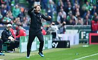 Fotball<br /> Tyskland<br /> 19.09.2015<br /> Foto: Witters/Digitalsport<br /> NORWAY ONLY<br /> <br /> Schlussjubel Trainer Ralph Hasenhuettl (Ingolstadt)<br /> Fussball Bundesliga, Werder Bremen - FC Ingolstadt 04 0:1