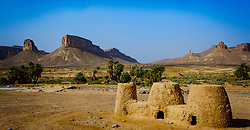 Clay ovens on a Berber camp site in the Moroccan desert.<br /> <br /> (c) Andrew Wilson   Edinburgh Elite media