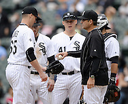 CHICAGO - APRIL 20:  Nate Jones #65 comes into the game as manager Robin Ventura #23 of the Chicago White Sox makes a pitching change against the Los Angeles Angels of Anaheim on April 20, 2016 at U.S. Cellular Field in Chicago, Illinois.  The White Sox defeated the Angels 2-1.  (Photo by Ron Vesely)   Subject: Robin Ventura; Nate Jones