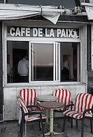 Egypte, la côte méditerranéenne, Alexandrie, la corniche, café de la paix. // Egypt, Alexandria, the Corniche, café de la paix.